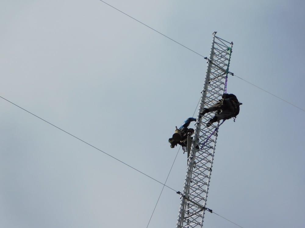 181010-37. kl.12.02-HE o Lasse klättrar ner mot-76 m